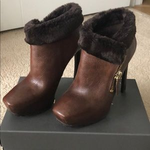Guess Heeled booties